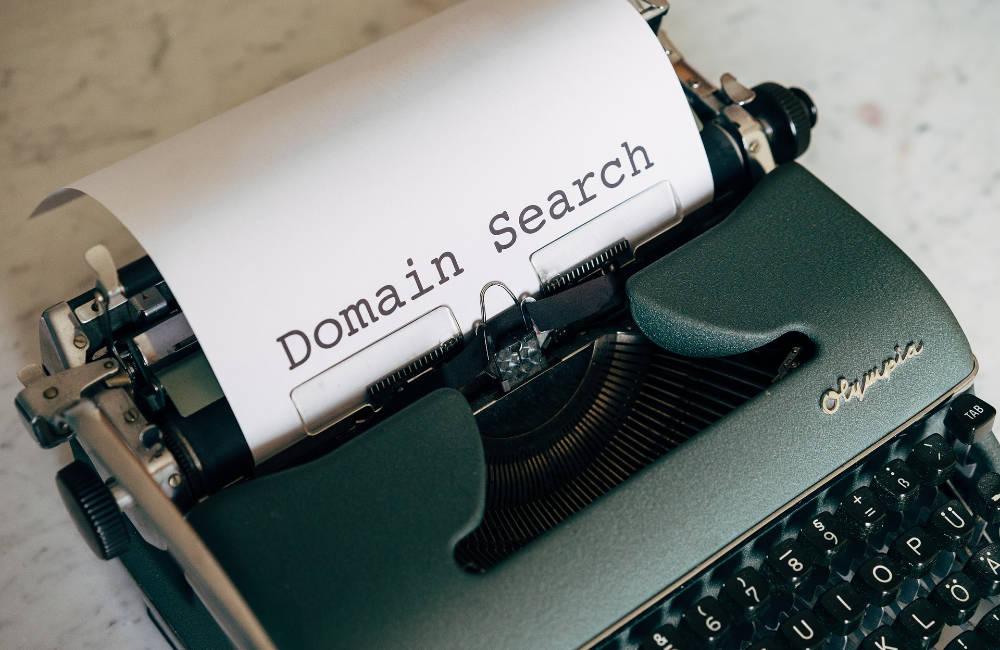 rechtssichere Website-Domain Suche